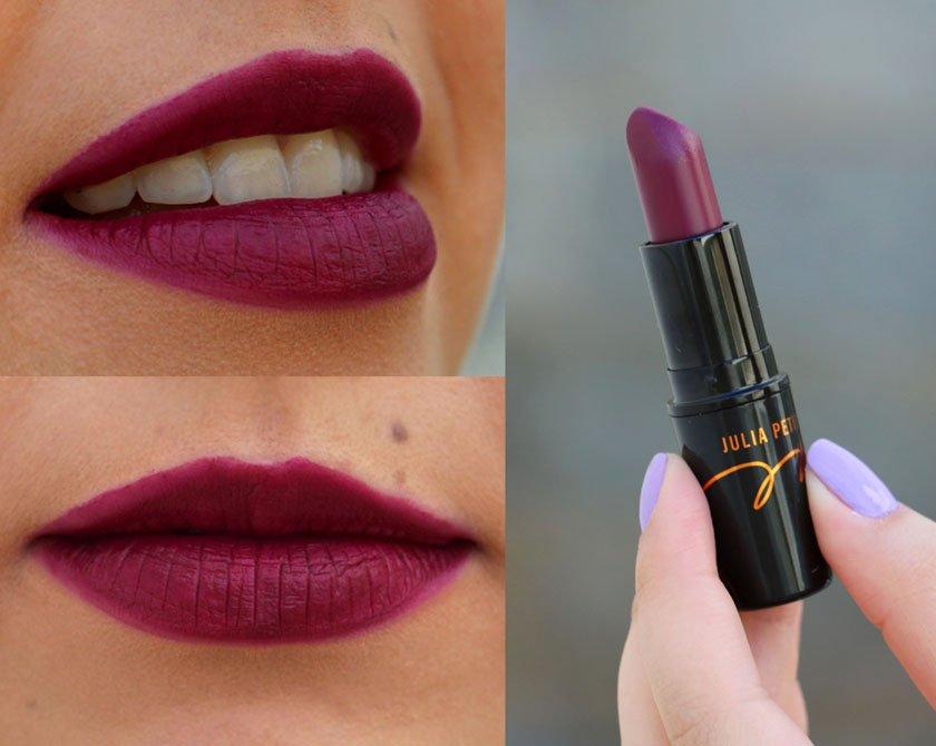 Batom roxo bonito - swatch do batom Açaí da coleção da blogueira Julia Petit para MAC cosmetics