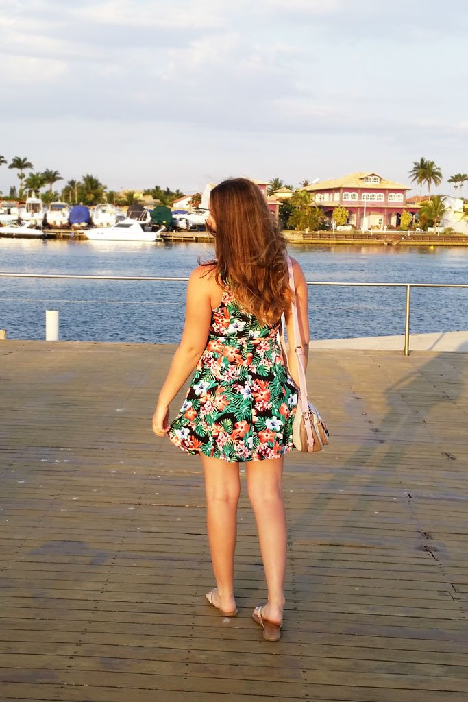 look-vestido-floral-Forever21-Accessorize